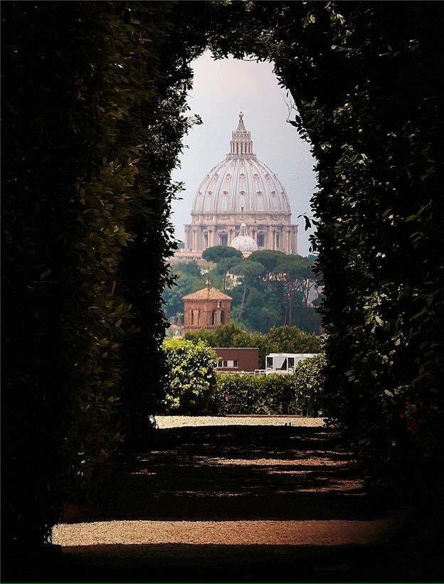 Магия Ватикана на рассвете